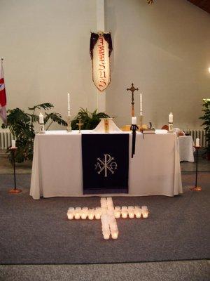 Harkujärve kiriku altarikujundus hingedepäeva missal