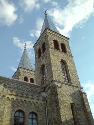 Rapla kirik väljast (kahjuks läksid sees tehtud pildid nässu)